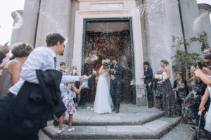 uscita degli sposi dalla chiesa
